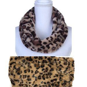 Cheetah leopard Faux Fur Vegan Snood